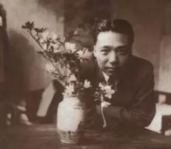 1938年,29岁的谢稚柳于重庆大德里寓所