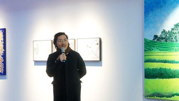 艺术家王海龙