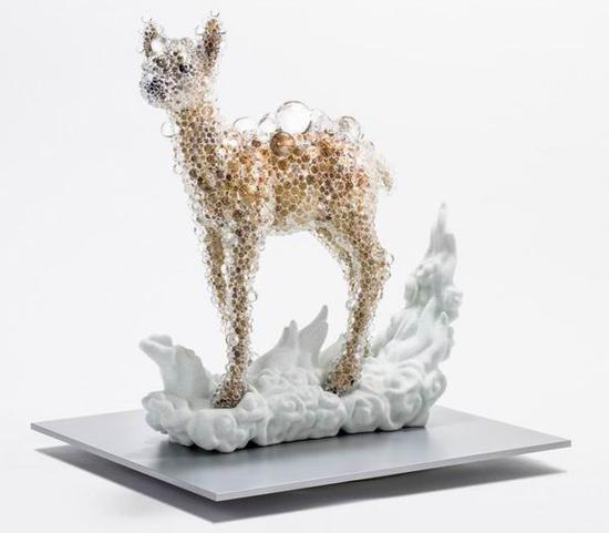 名和晃平,《鹿》,2015,私人藏