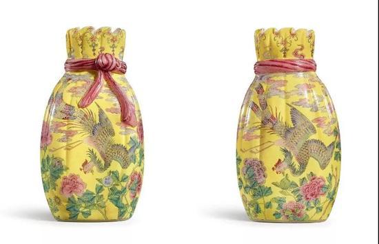 清乾隆 料胎黄地画珐琅凤舞牡丹包袱瓶