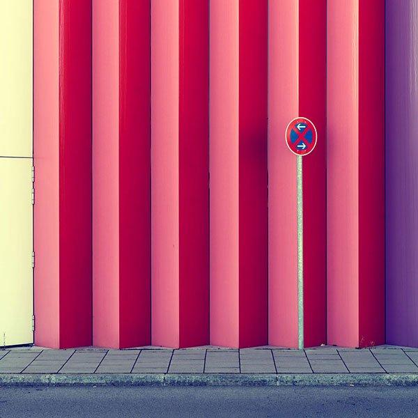 华丽的几何色彩城市