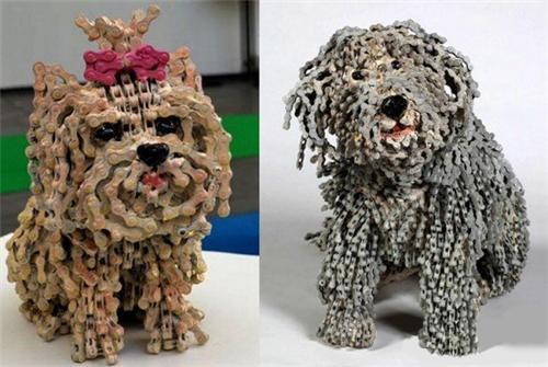 用自行车链创作动物雕塑