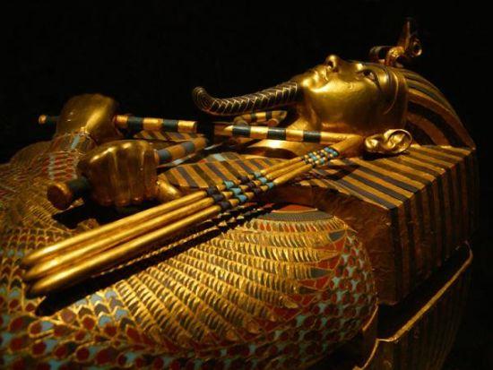 图坦卡蒙的金色面具