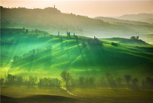 风光摄影:捕捉上帝之光的梦幻与温暖