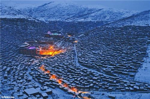 藏传佛教:信仰和风景一样庄重