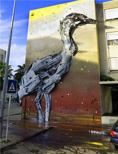 街头喷漆雕塑 艺术家呼吁环保