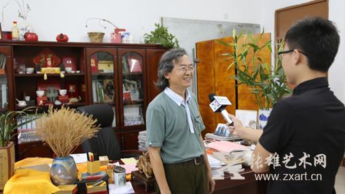 张雄艺术网记者采访福州大学厦门工艺美术学院院长林志强