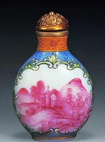 清乾隆 古月轩烟壶(2000年天津文物242万元成交)