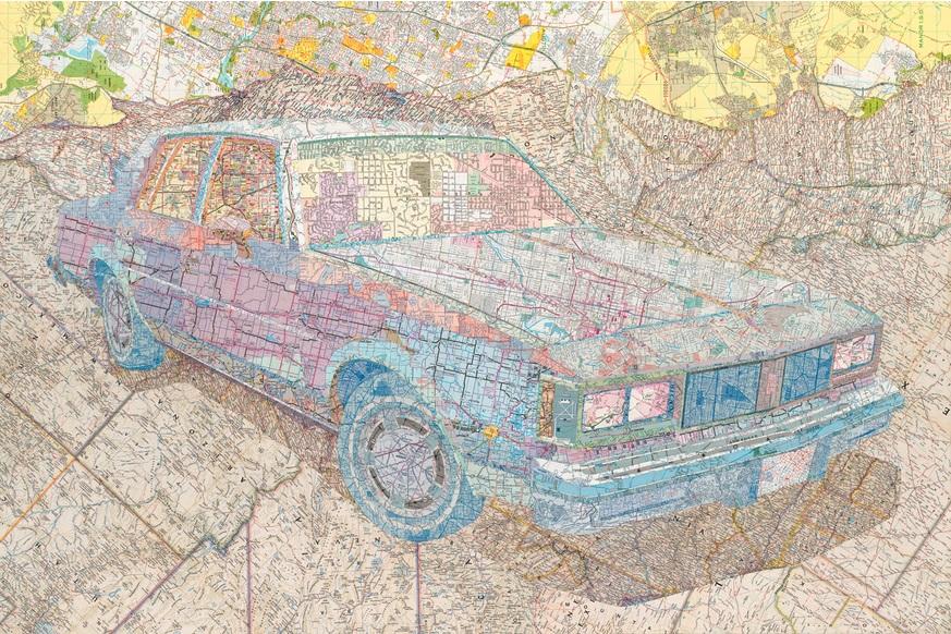 艺术家用老式地图拼贴出的绘画作品