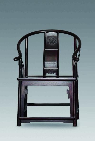 圈椅的型最能体现明式家具的灵韵,最基本的圈椅是素圈椅,注重图片