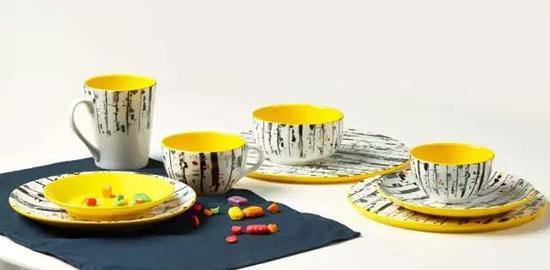 吴冠中系列纹样餐具|印尼舟群,图片由造作(ZAOZUO)提供