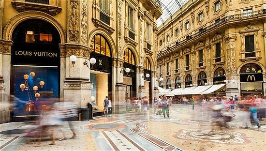 艺术品正推动全球奢侈品市场增长