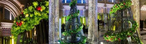 今年V&A博物馆的圣诞树,由StudioXAG设计。(本文图片均来自维多利亚与阿尔伯特博物馆。)
