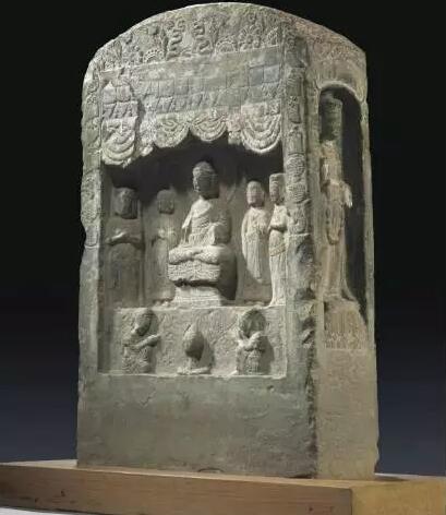隋 彩绘砂岩雕四面造像碑 估价:80,000-100,000 成交价:75,000