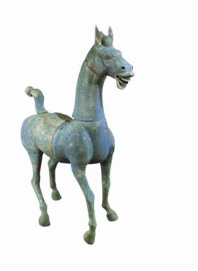 东汉青铜马