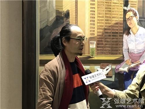 艺术家严子宇接受采访