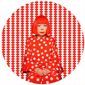 圆点女王,日本艺术天后,话题女王,精神病患者,怪婆婆,诸多标签叠加在