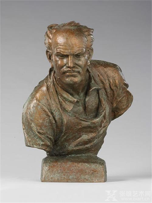 司徒杰, 在战地—白求恩半身像,1975年,43×34×39cm,铸铜
