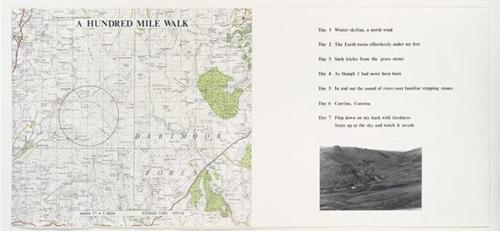 行走一百英里 理查德•朗 (1945年生) 1971-1972年 地图上用石墨绘制,打字稿,照片和打印的标签固定于板上 泰特:1973年购入 A Hundred Mile Walk Richard Long (born 1945) 1971-2 Graphite on map, typescript, photograph and pri...