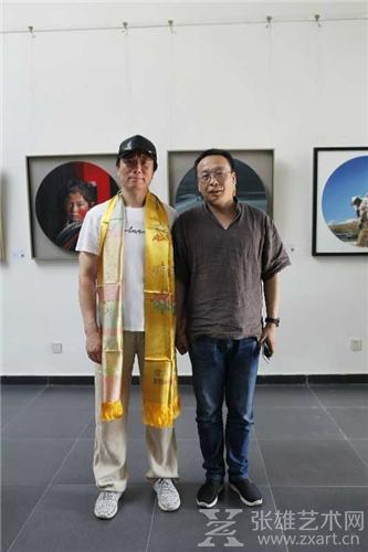 李光林与宋庄艺术促进会秘书长曹唯合影