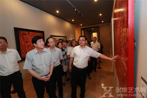 年轻人要敢想敢干——第六届全国青年美术作品展览揭幕