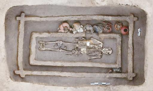 大型墓葬M184
