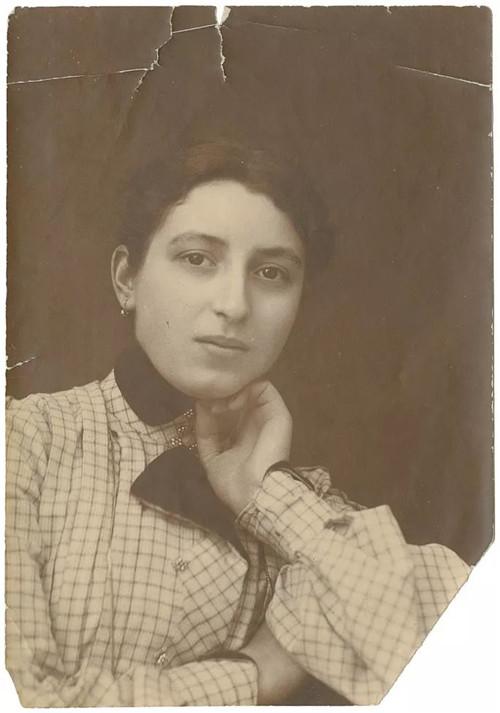 艾尔莎科德舒克(ELSAKODITSCHEK)。图片由科德舒克家族提供。