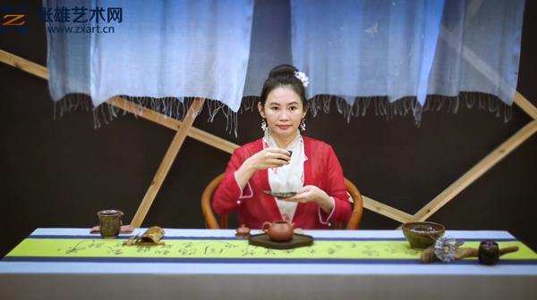 《2018中国西部国际茶产业博览会——林芸安老师茶道表演》