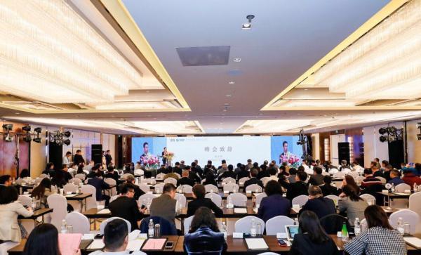 中国文物艺术品市场面临着严峻的挑战
