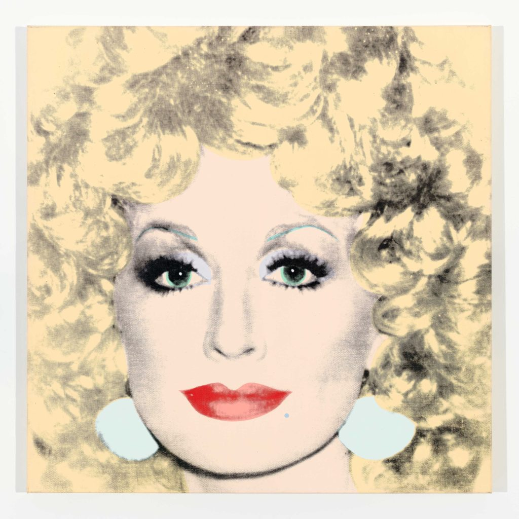 安迪·沃霍尔,《Dolly Parton》,1985。图片:Courtesy of Lévy Gorvy