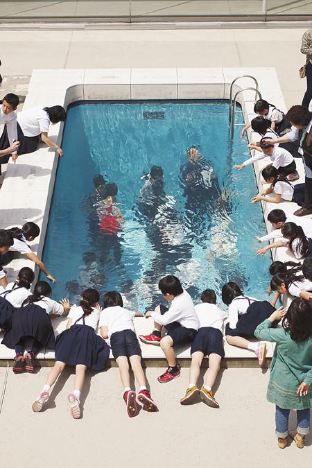 游泳池(装置) 雷安德罗·埃利希